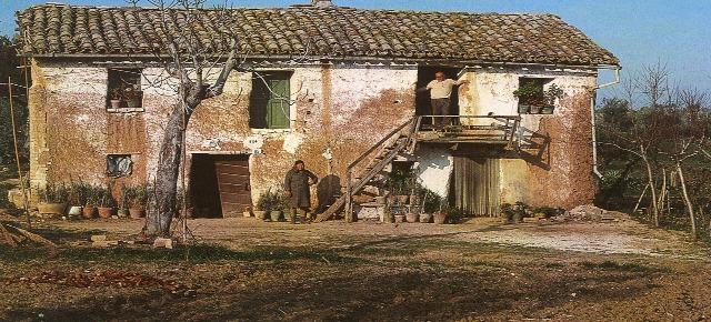Risultati immagini per casalincontrada case di terra