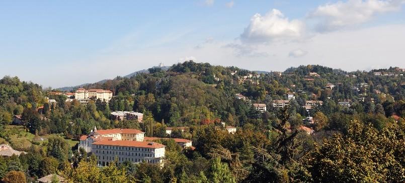 Torino ancora ville in collina la provincia blocca la for Piani di serra in collina