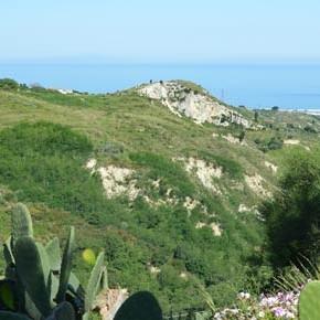 Fa discutere il nuovo elettrodotto fra Calabria e Sicilia