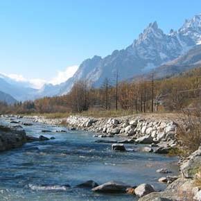 Le zone umide ai piedi del Monte Bianco minacciate dal campo da golf