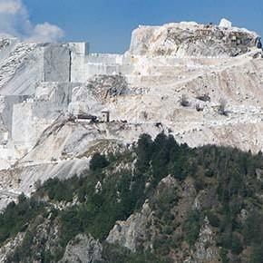 Toscana: l'inchino della politica alla lobby dei concessionari di cave