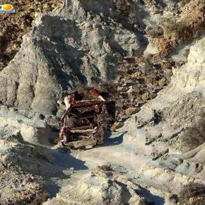 C'è un'auto da rimuovere alla Scala dei Turchi ad Agrigento...
