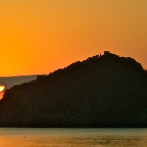L'Isola di Bergeggi: svenduta al turismo!