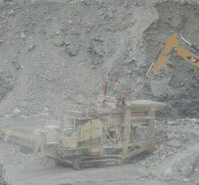 Serra San Quirico (AN): nella Gola della Rossa una cava distrugge il territorio