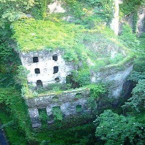 Vallone dei Mulini: lavori pericolosi e contestati nell'importante area storica e naturale di Sorrento