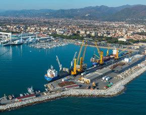 Sull'ampliamento del porto di Marina di Carrara e l'effetto patologico a carico dell'ambiente