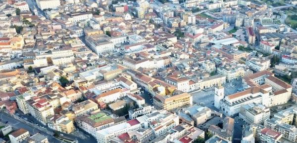 La Cassazione conferma: vie e piazze dei centri storici sono tutte tutelate ope legis