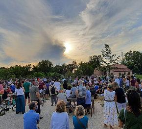 """Una passata di pomodoro """"partecipata"""" dai cittadini che vogliono il Parco Agricolo Basso Isonzo"""
