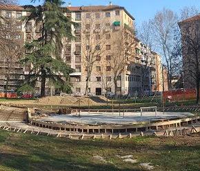 Trapianto di cuore per piazza Piola a Milano: cemento al posto di suolo e verde?