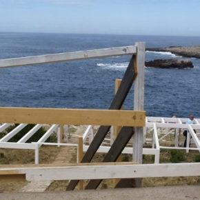Difendi il libero accesso alla scogliera di fronte all'isolotto a Santa Caterina di Nardò